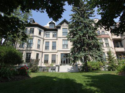 Wallis House Condo Ottawa 589 Rideau St Exterior Image