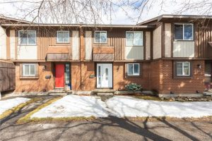 15 Pickford Drive | Fantastic Katimavik Condo