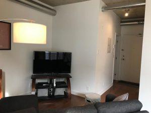 354 Gladstone Ave #605   Stylish and Trendy 1 Bed, 1 Bath Condo